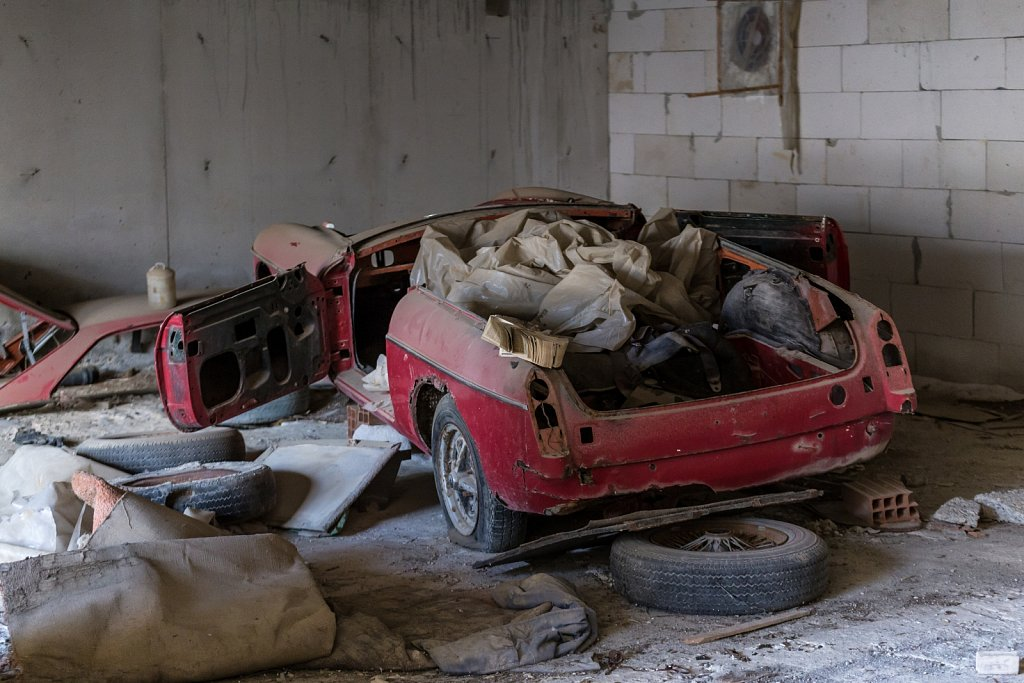 Abandoned-Hotel-Lapithos.jpg